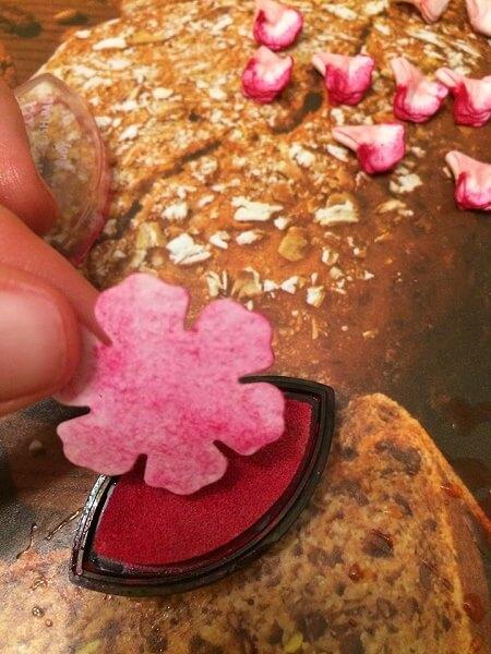 заготовка для цветка после окрашивания